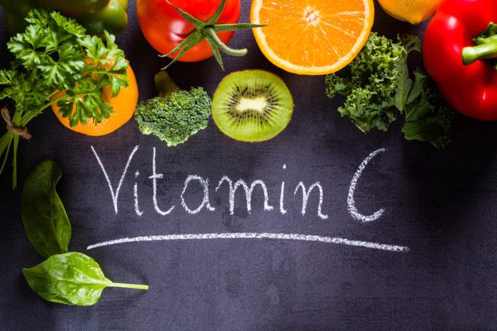 """A vitamina C encapsulada em lipossomas e/ou o protocolo """"Levy Multi-C"""" são mais eficazes que a vitamina C intravenosa?"""